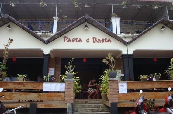 Cambodia 1 Italian pizza