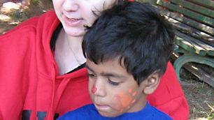 bulgaria-volunteer-and-child
