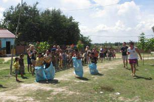 cambodia-sack-race