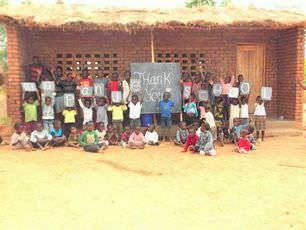 malawi-mapanje-school-big-thank-you-to-departing-volunteers