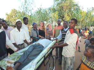 malawi-volunteers-kindly-donate-bicycle-ambulance