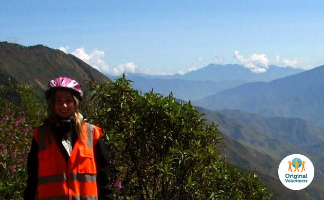 volunteer-in-peru-health05